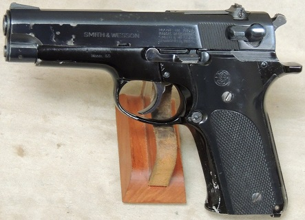Smith & Wesson Model 59 9mm Caliber Pistol S/N A242243