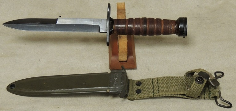 U.S. M4 Fighting Knife Bayonet & U.S. M8A1 Scabbard * Kiffe Japa